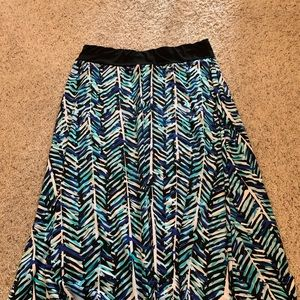 Dresses & Skirts - Abstract blue and white maxi skirt